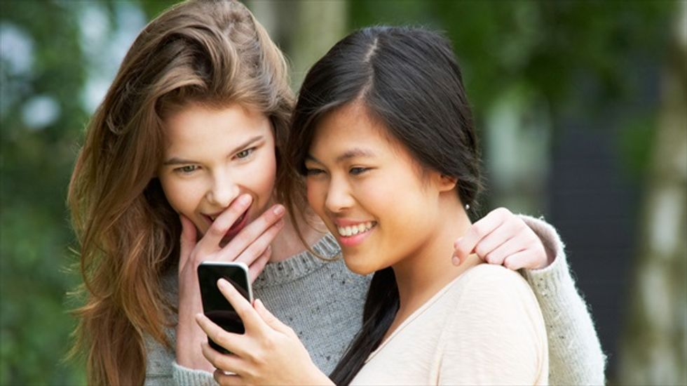 Researchers: Teens who text about condoms are more likely to use them