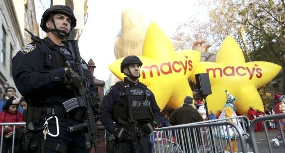New York vows Islamic State will not ruin Thanksgiving parade