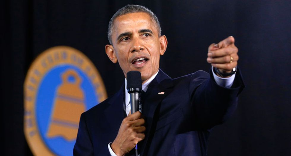 Obama to sign executive order cutting government greenhouse gas emissions