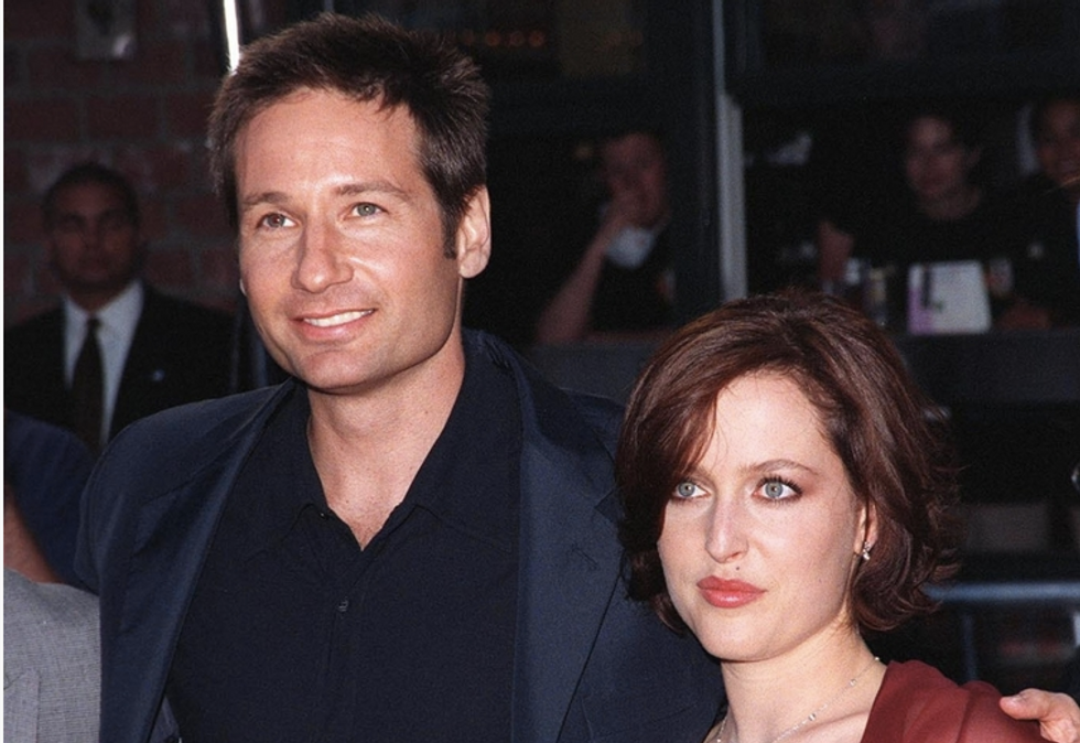 'X-Files' stars talk about bisexuality, show's upcoming revival and how Mulder is 'worst FBI agent of all time'