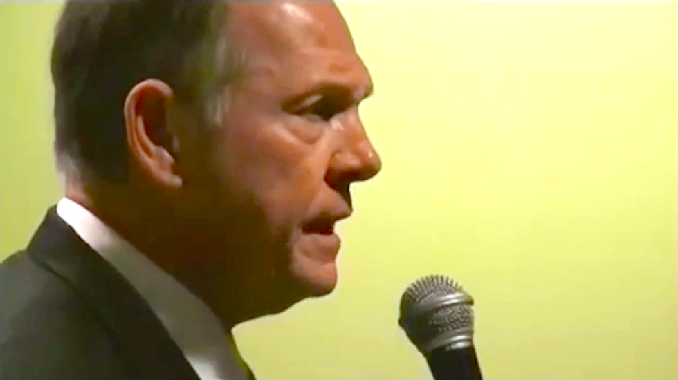 Roy Moore begging his few remaining followers for donations as he is 'struggling to make ends meet'