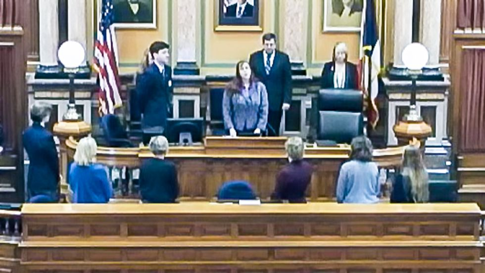 Lawmaker asks 'What would Jesus do?' -- then turns his back on Wiccan priestess' prayer at Iowa House