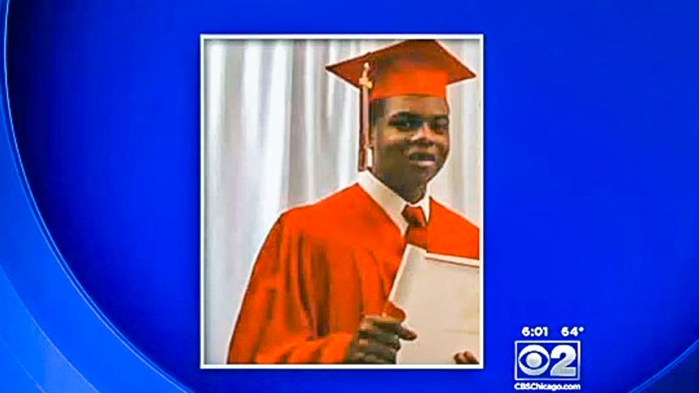 Feds launch probe of Chicago cop after video reveals teen shot 16 times as he walked away