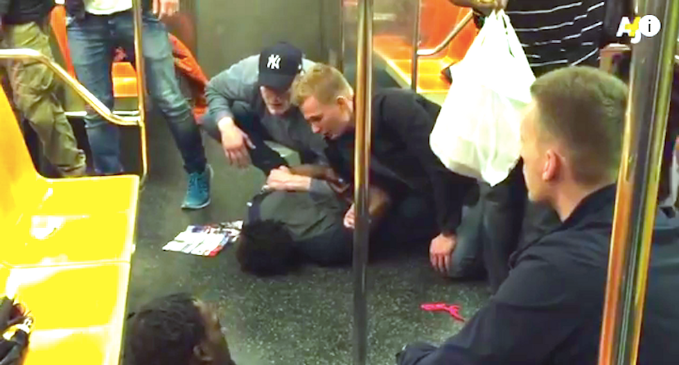 Watch: Vacationing Swedish cops show NYPD officers how to subdue suspects without hurting them