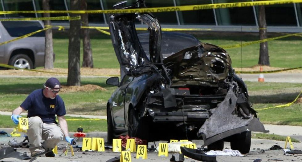 Shooter at Texas 'Draw Mohammed' contest messaged foreign militants: FBI