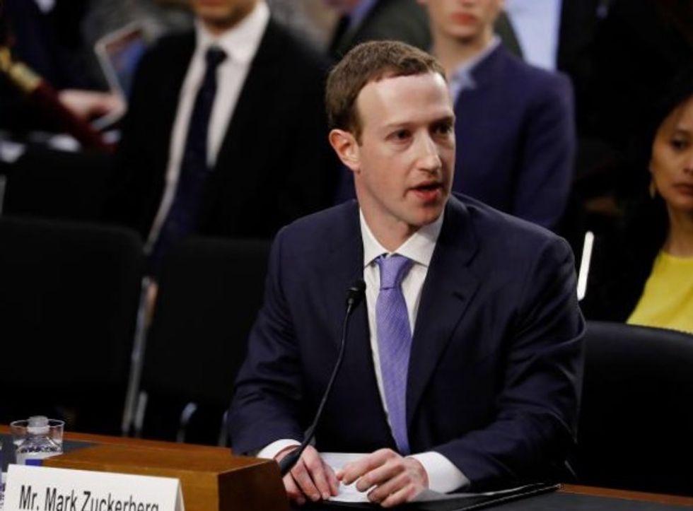 Mark Zuckerberg resists committing to regulation