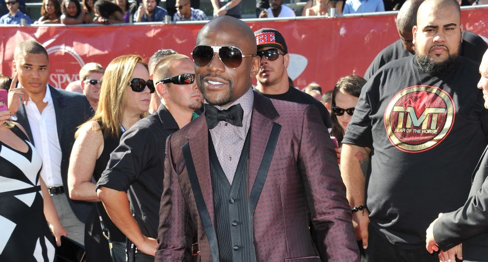 Burger King tries to laugh off concerns over endorsement of domestic abuser Floyd Mayweather