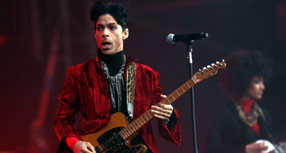 No signs of trauma or suicide in Prince death: police