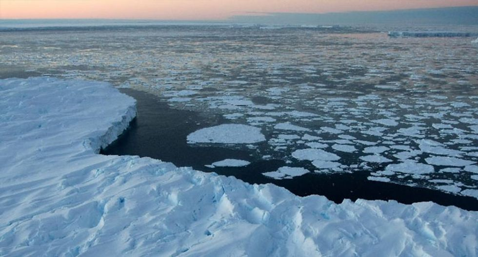 Climate change: Antarctic Ocean increases absorption of CO2
