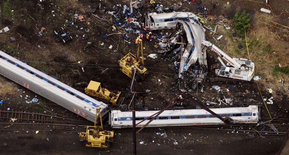 Police confirm seventh death after Philadelphia train crash