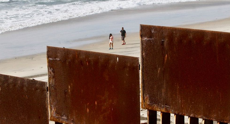 Trump says won't build California border wall until whole wall is approved