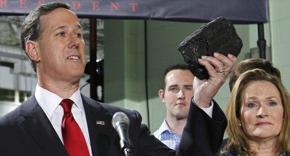 Rick Santorum pushes a flat tax, vows to scrap IRS in 2016 campaign kickoff speech