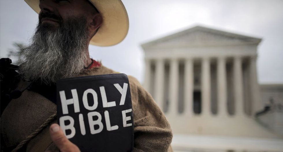 Supreme Court rules in favor of church in free speech case over signs