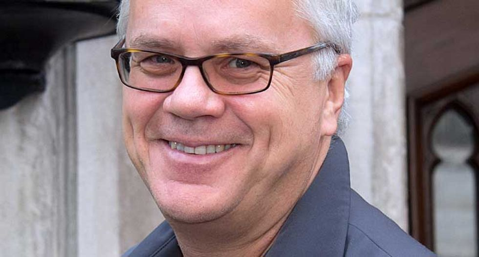 On Tim Robbins, election fraud and how nonsense spreads around the Internet