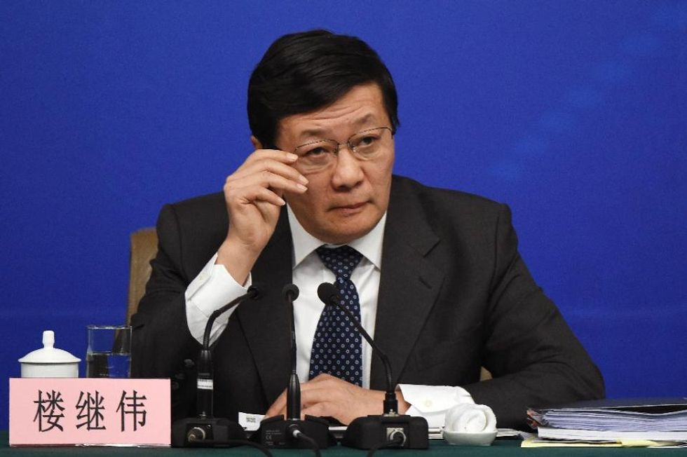 China presses US to invest more in its own economy