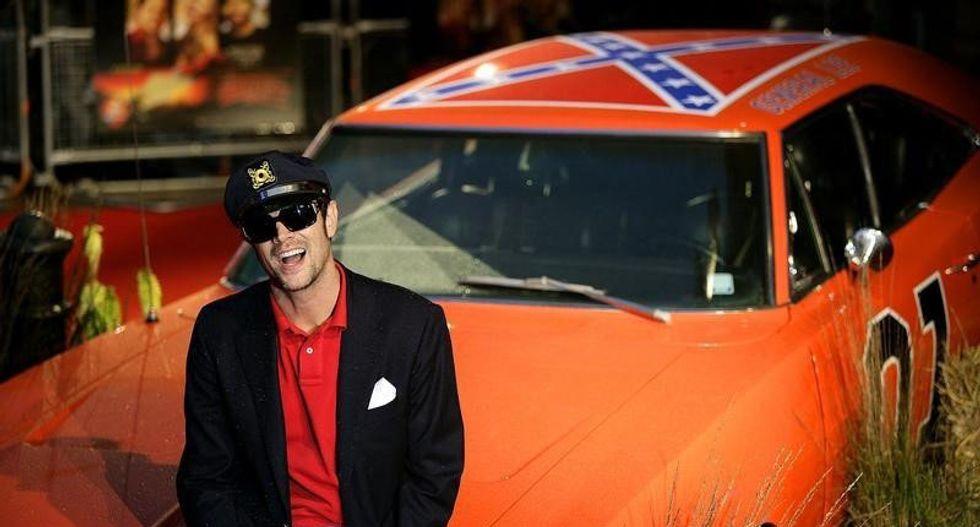 TV Land pulls 'Dukes of Hazzard' re-runs amid Confederate flag debate
