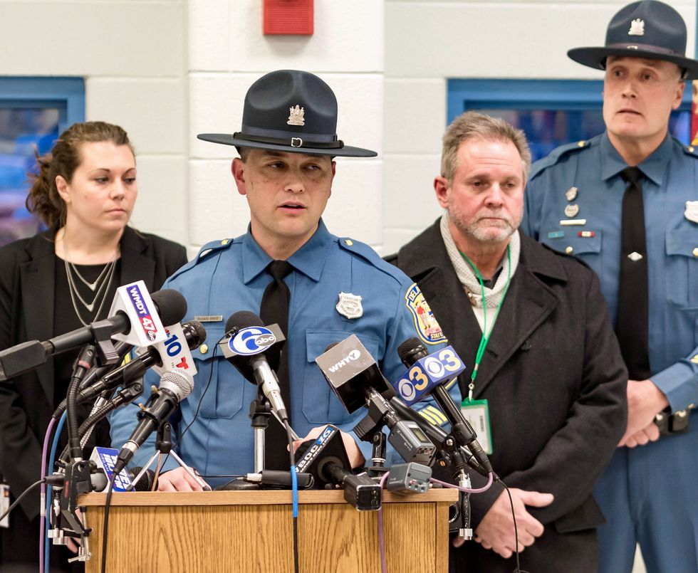 One Delaware prison officer dead, one in hospital after uprising
