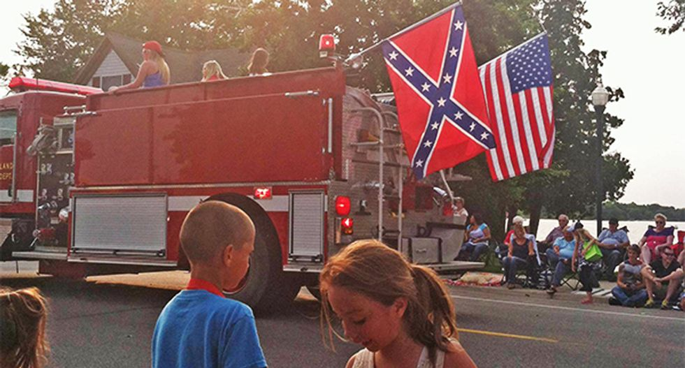 Minnesota firefighter flies Confederate flag on firetruck in July 4th parade: 'It has nothing to do with slavery'