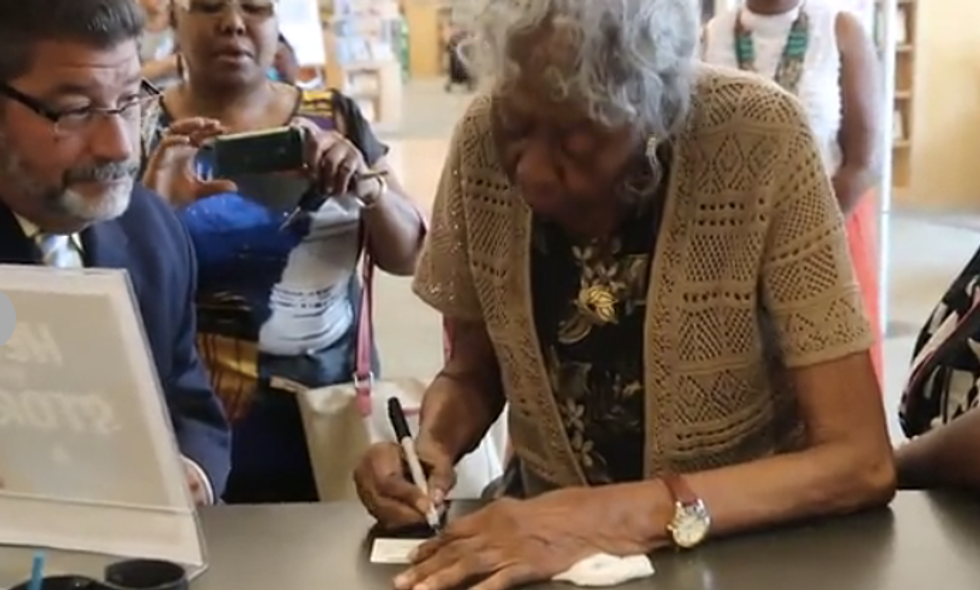 Finally! Elderly black woman gets a library card in North Carolina — 73 years after applying