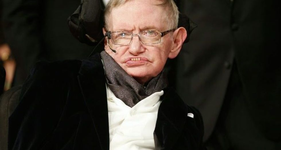Scientist Dr. Stephen Hawking dead at 76: family
