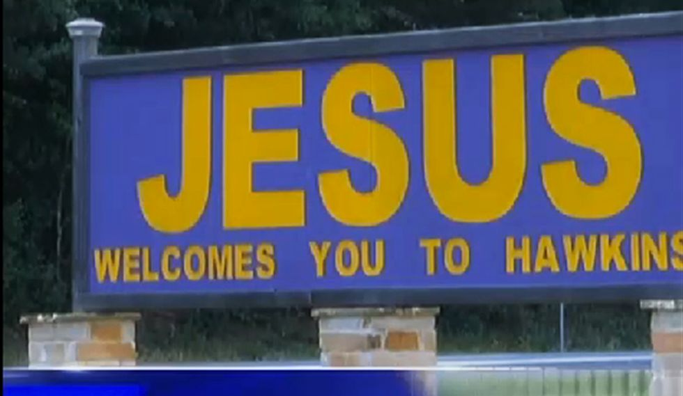 'Don't judge me, I'm a Christian': Texas councilwoman reluctantly votes to remove 'Jesus welcomes you' sign
