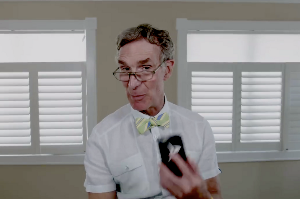 WATCH: Bill Nye hilariously reads mean tweets about himself and shuts down anti-science trolls