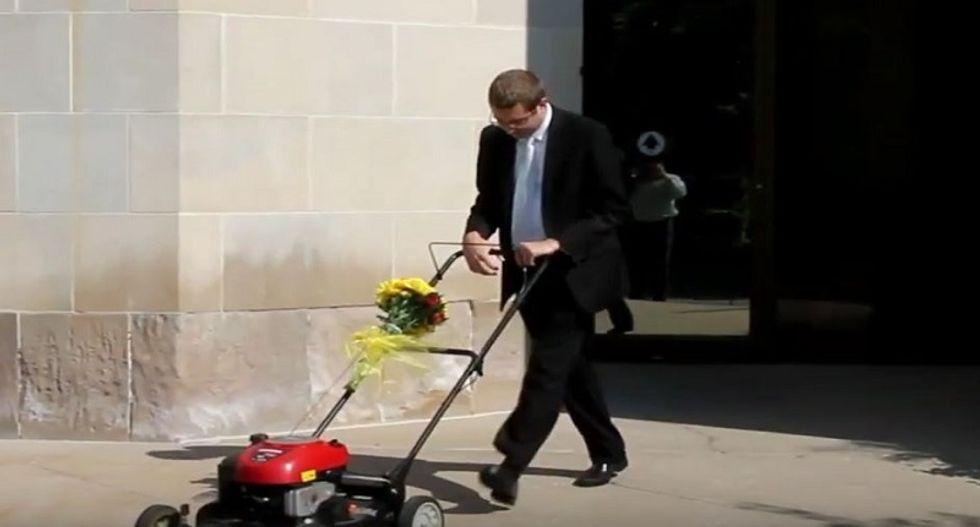 WATCH: Iowa man hilariously mocks anti-gay GOP congressman with lawn mower marriage video
