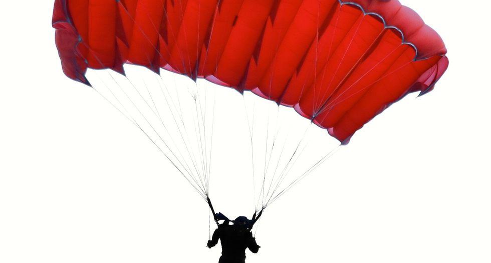 Two elite US airmen die after parachute training accident