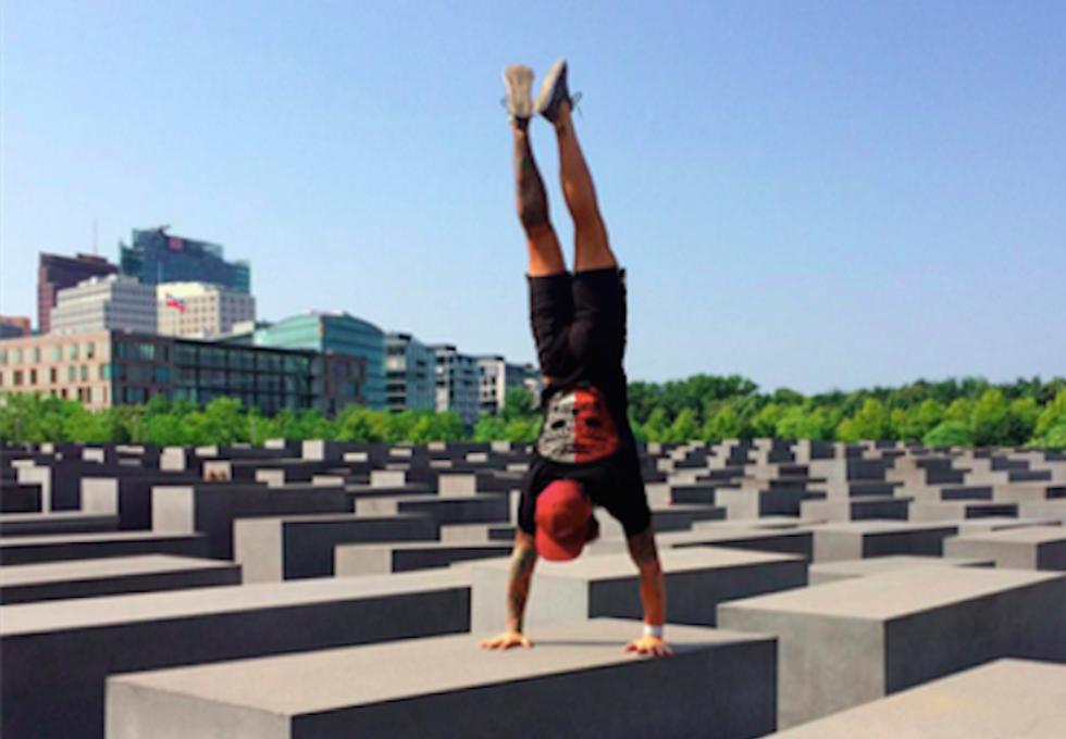 Wrathful Internet teaches Crossfitter that Berlin Holocaust memorial isn't his gym