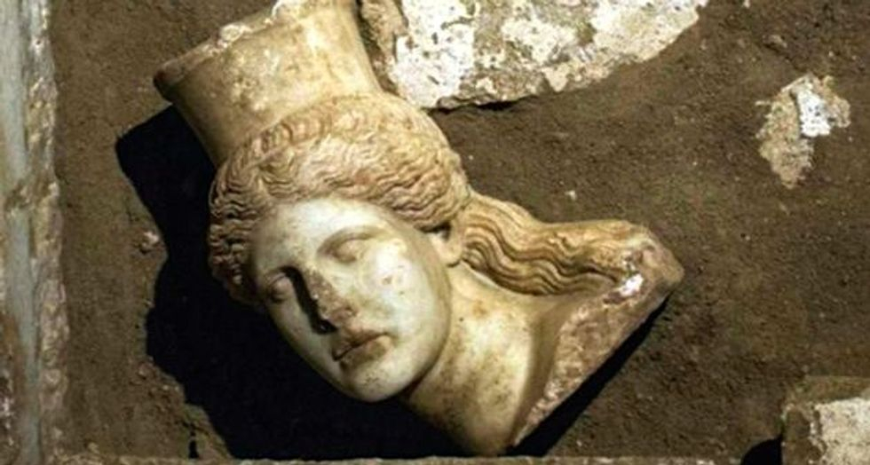 A year on, no answers to ancient Greek tomb mystery