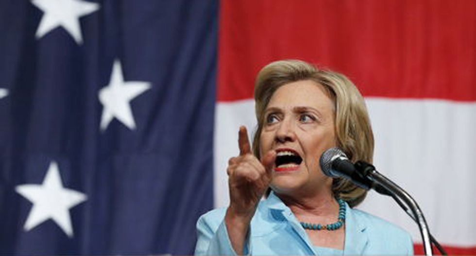 Hillary Clinton slams Jeb Bush for blaming Iraq problems on Obama instead of on his brother