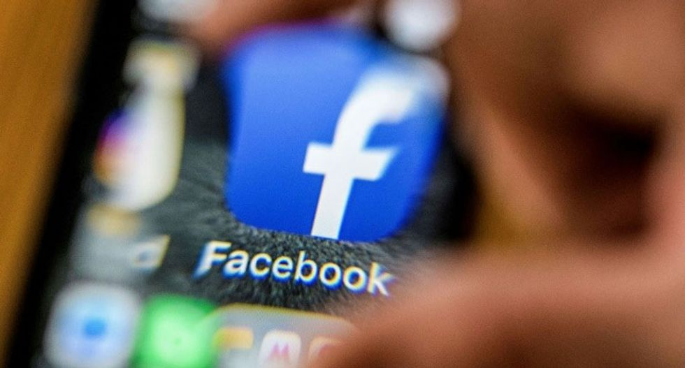 Facebook again overhauls privacy settings after outcry over data breach