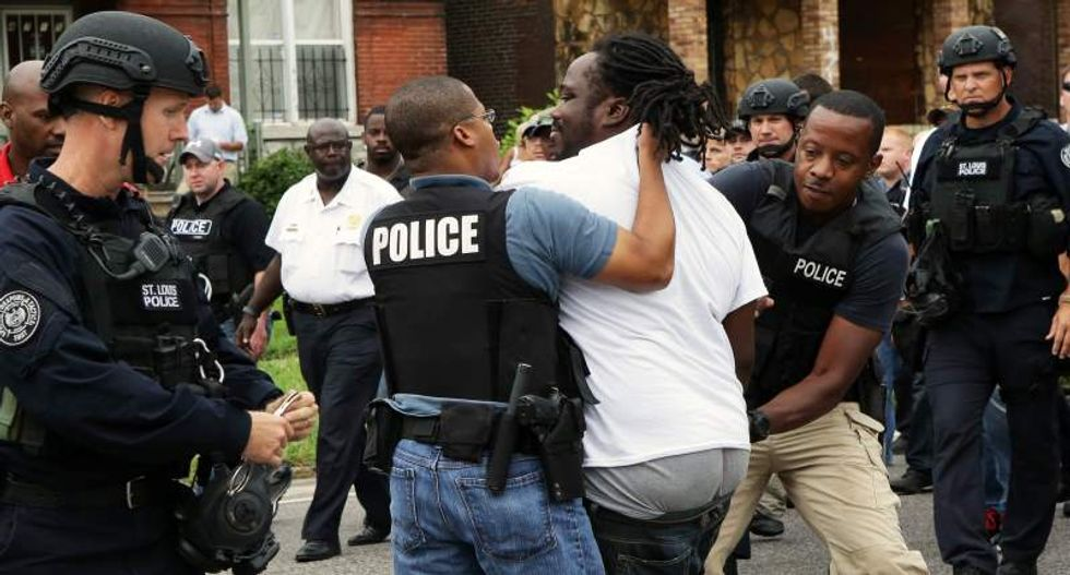 St. Louis cops use tear gas against protesters after killing another black suspect