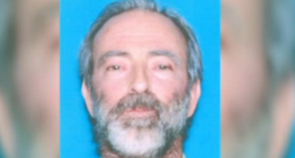 Women convinced LA man was a secret agent space alien helped him stockpile massive weapons cache