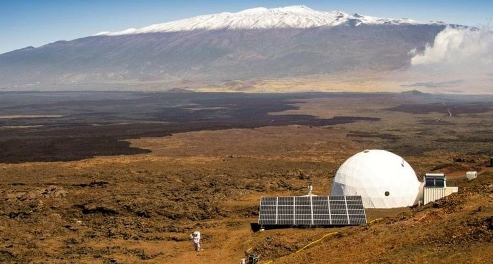 NASA prepares for yearlong six-person isolation experiment in Hawaii
