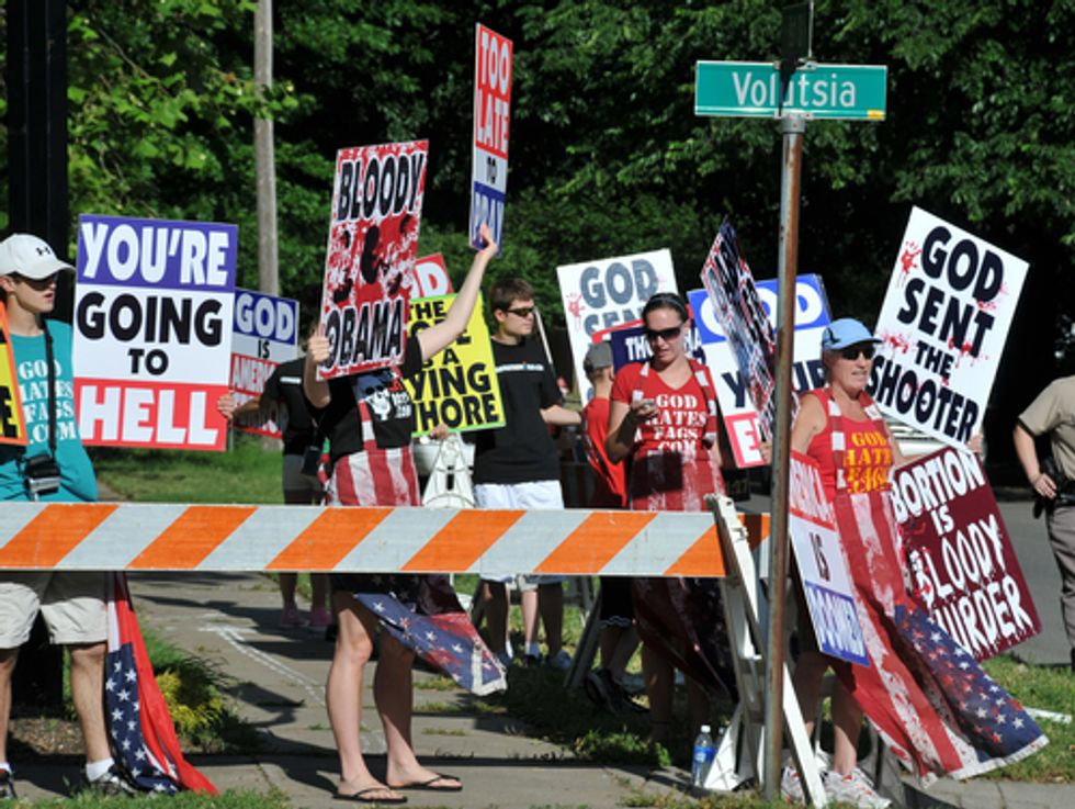Anti-choicers warn that clinics are not doing enough to protect themselves from anti-choicers