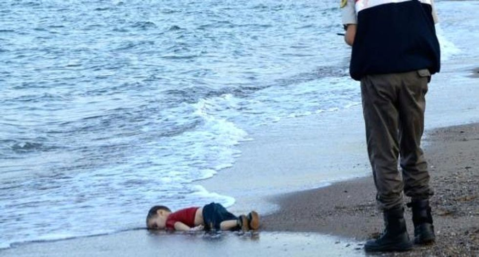 Shocking photo of dead child forces Europe to confront refugee crisis