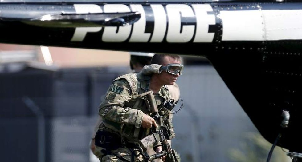 Manhunt continues for person who shot and killed veteran Illinois police officer