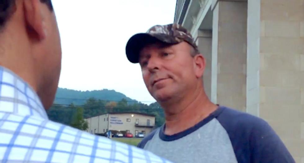Kim Davis' fourth husband says clerk won't resign: 'Tell Judge Bunning he's a butt'