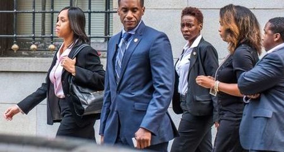 Baltimore offers $6.4 million to settle Freddie Gray case