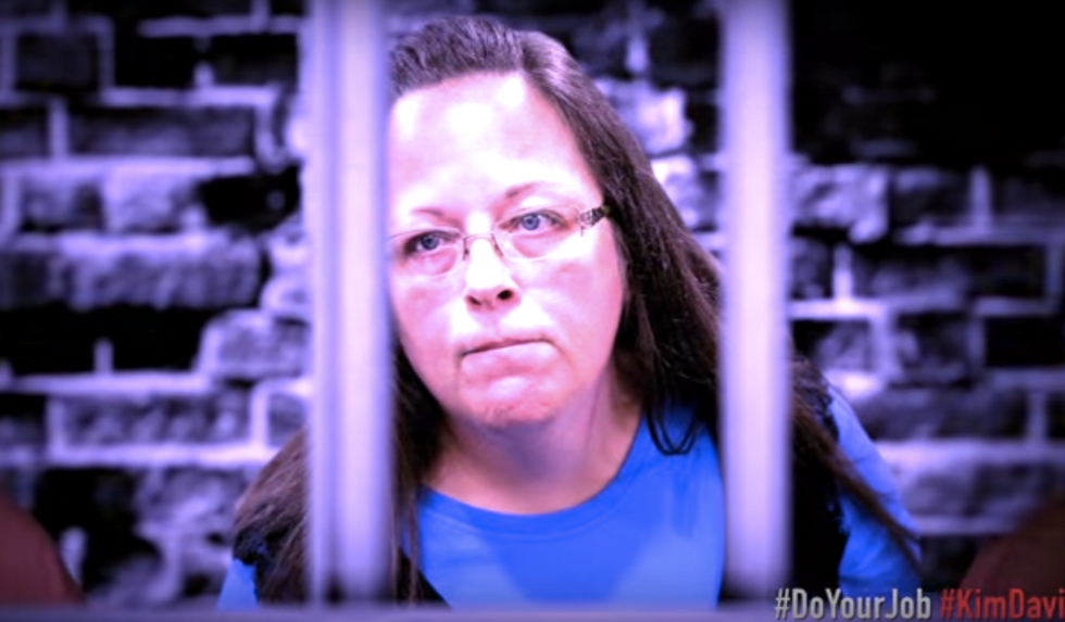 WATCH: 'Kim Davis Cell Block Tango' explains why 'she had it coming' in hilarious musical number