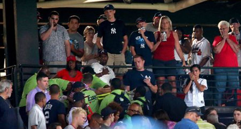 Man who fell from stadium upper deck at Yankees-Braves game dies