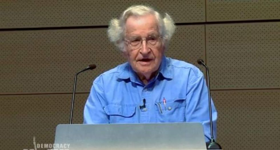 Noam Chomsky: Republican 2016 candidates 'are not that different' from Trump