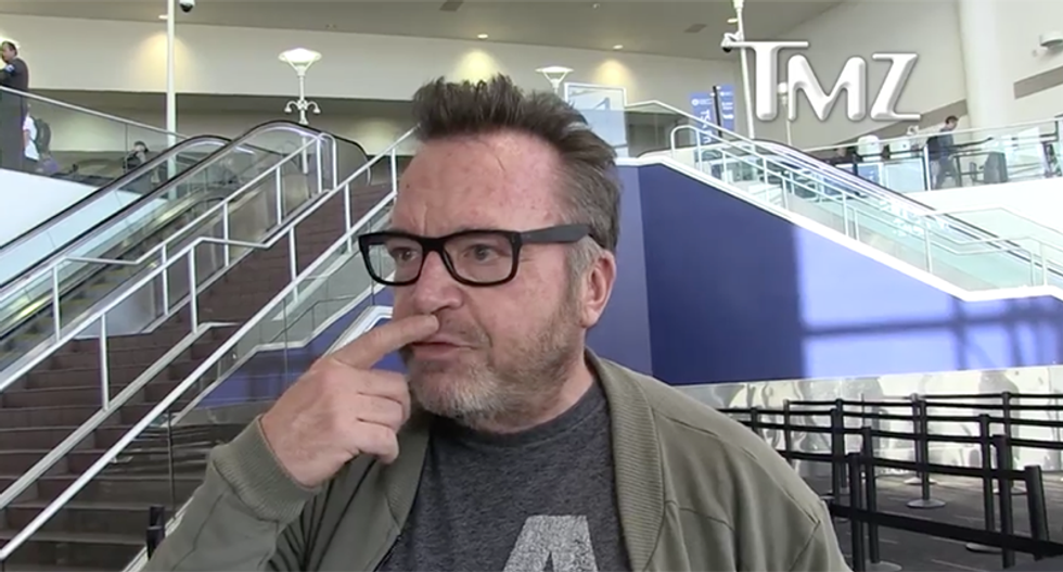 'I didn't know she was like that': Tom Arnold says Roseanne and ABC should apologize for conspiracy theory tweets