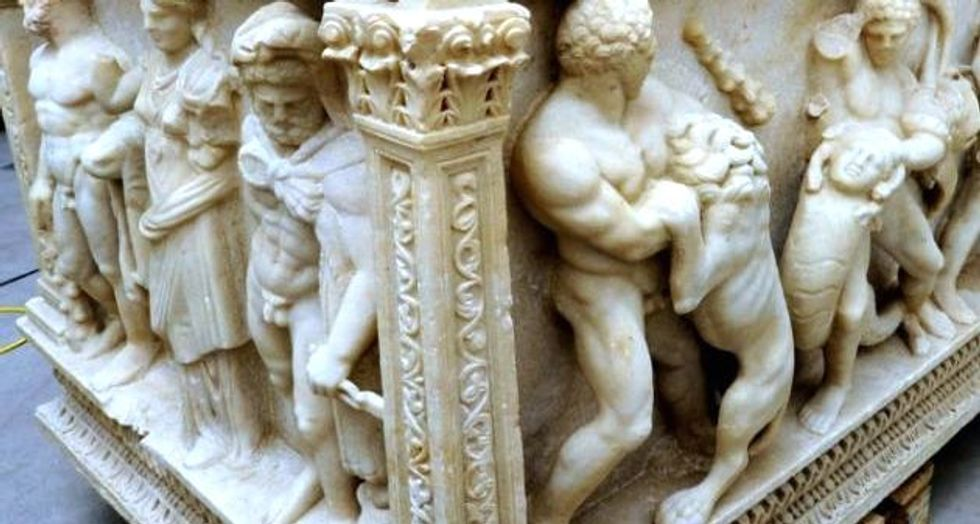 Swiss prosecutors order customs officials to return Hercules sarcophagus to Turkey