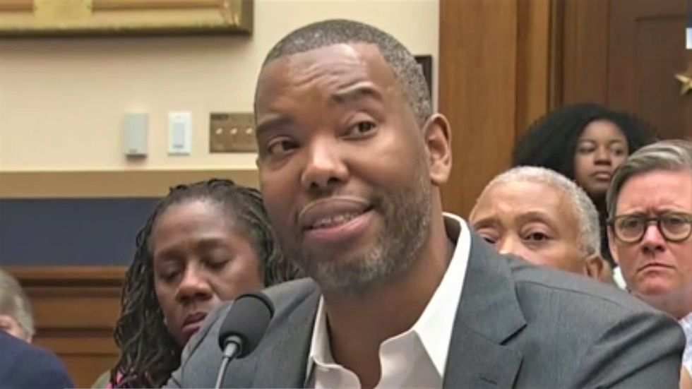 Reparations hearing erupts in applause after Ta-Nehisi Coates gives McConnell an epic lesson on racism