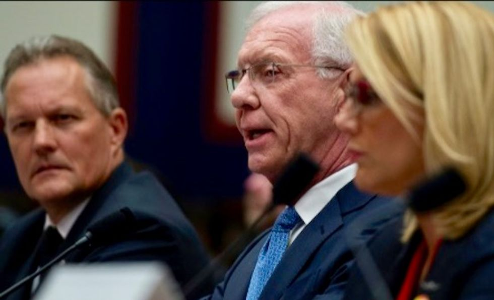 "Pilots, including Chesley ""Sully"" Sullenberger III, tell US Congress more training needed on 737 MAX"