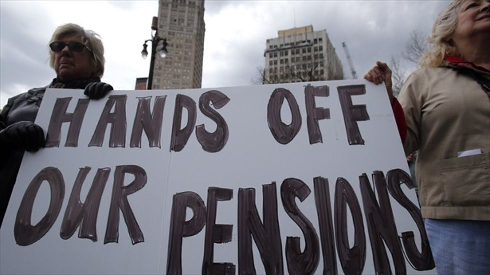 Detroit's civilian retiree group agrees to pension cuts