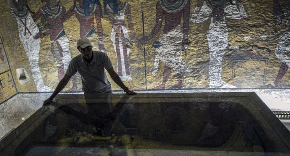 British archaeologist aims to pinpoint Nefertiti's tomb