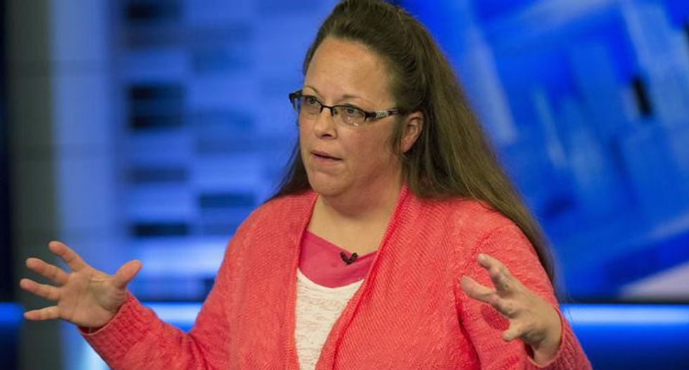Pope Francis held secret meeting with Kim Davis, according to her Liberty Counsel attorney